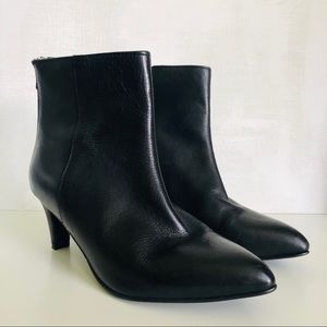 [Seychelles] Soft Leather Ankle Boot Back Zippers